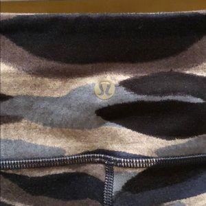 lululemon athletica Pants - Lululemon Wunder Unders Crop III Legging